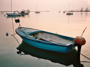 old-mexican-fishing-boat-sunset